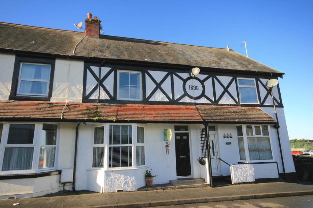 2 Bedrooms Terraced House for sale in 7 Morfa View Terrace, Conwy, LL32 8EE