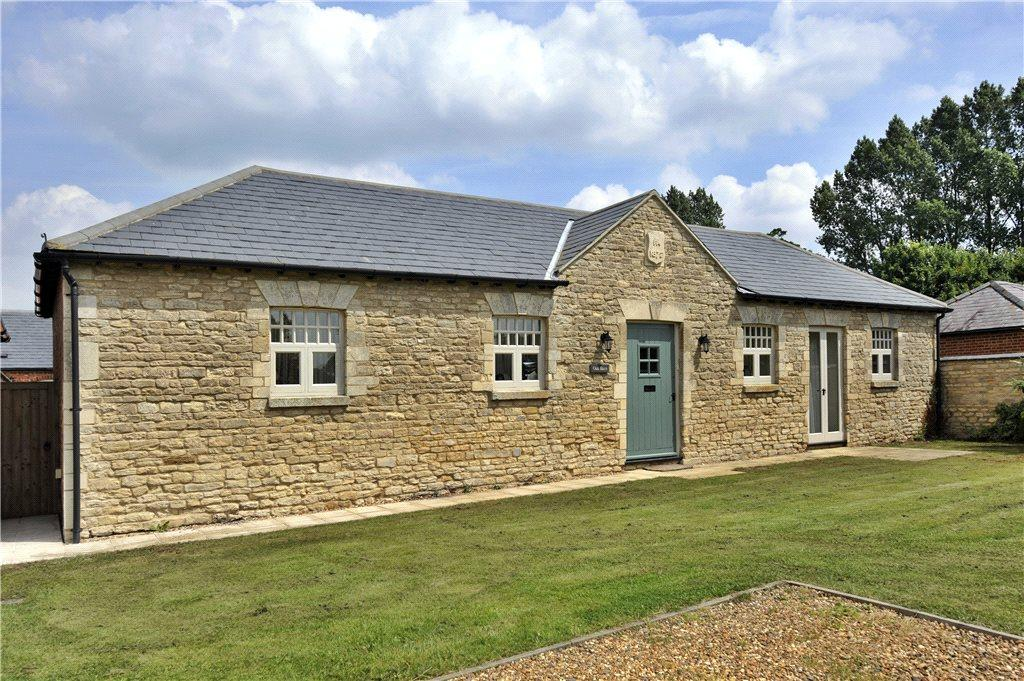 5 Bedrooms Barn Conversion Character Property for rent in Park Farm, Tyringham, Newport Pagnell, Buckinghamshire