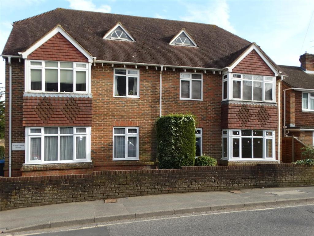 1 Bedroom Flat for rent in Wrentham House, Junction Road, Burgess Hill