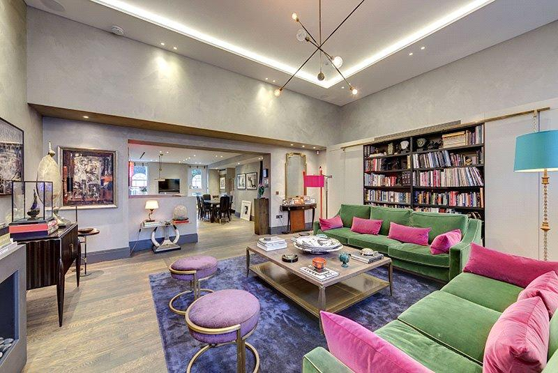 3 Bedrooms Flat for sale in Park Crescent, London, W1B