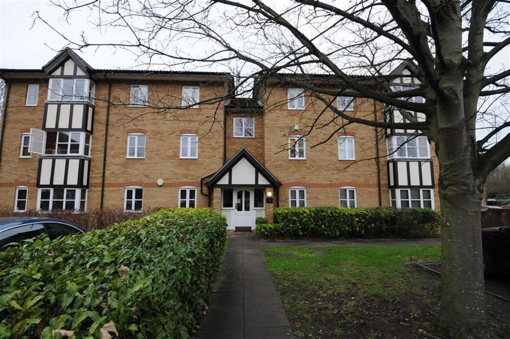 1 Bedroom Apartment Flat for sale in Lee Close, New Barnet, Herts, EN5