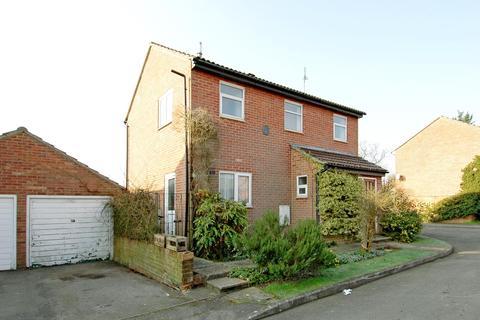3 bedroom detached house to rent - Larcombe Road, Petersfield GU32