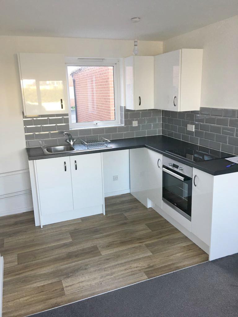 1 Bedroom Flat for sale in Beach Station Road, Felixstowe, IP11