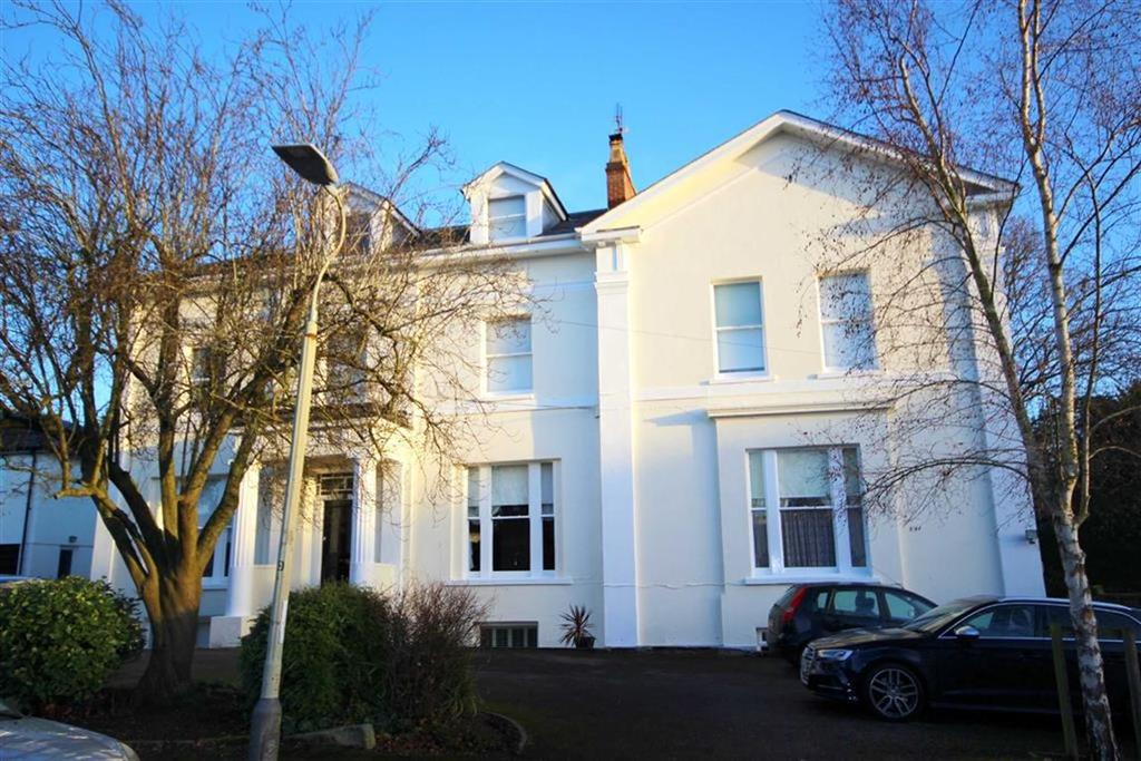 1 Bedroom Flat for sale in Tivoli Road, Tivoli, Cheltenham, GL50