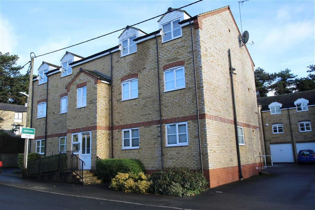 2 Bedrooms Apartment Flat for sale in 14, Burwell Hill, Brackley