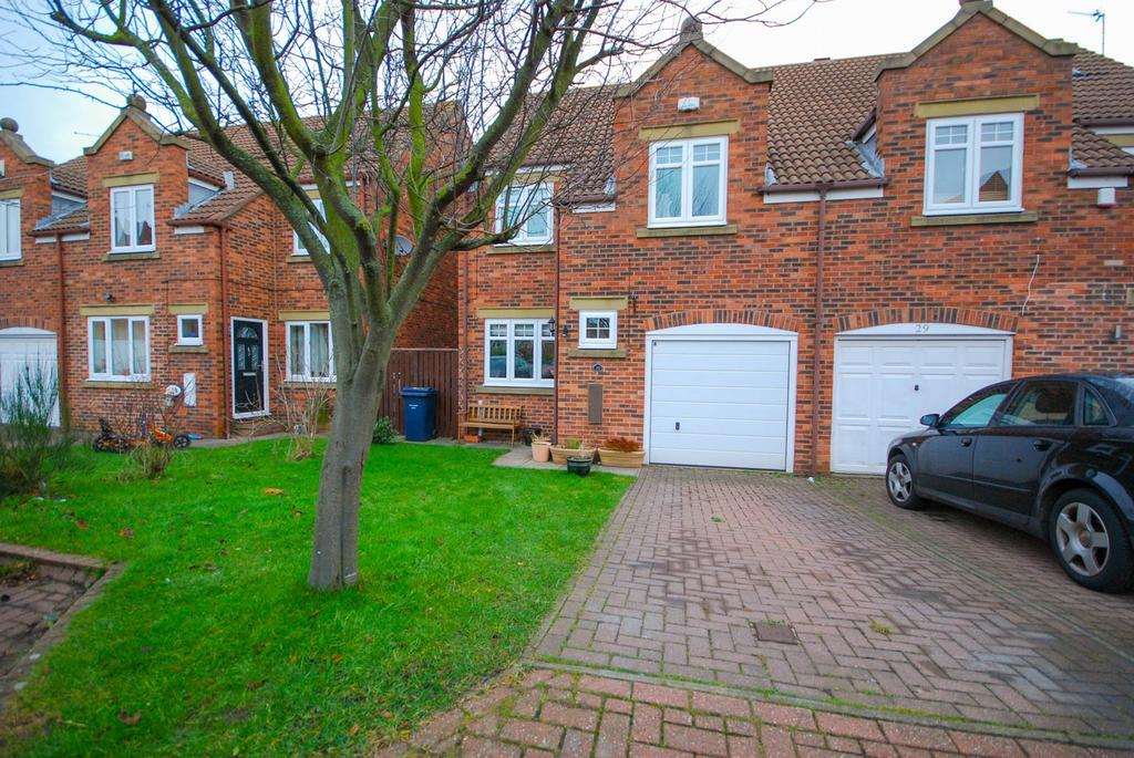 3 Bedrooms Semi Detached House for sale in Langdale Way, East Boldon