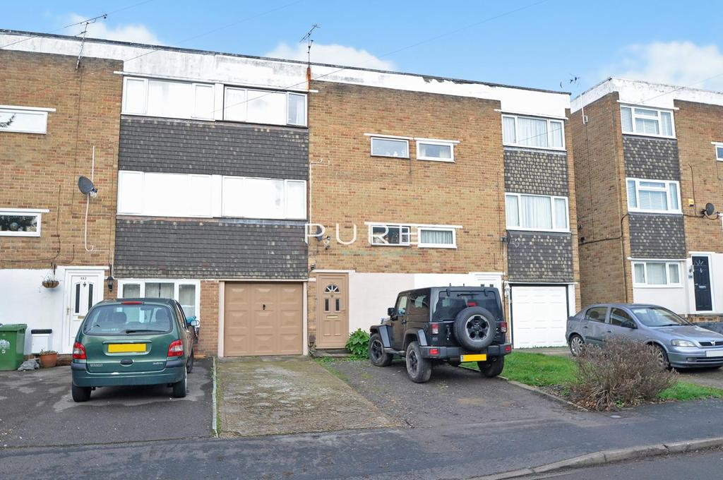 4 Bedrooms Town House for sale in Edelvale Road, West End Park, Southampton, Hampshire, SO18 5PX