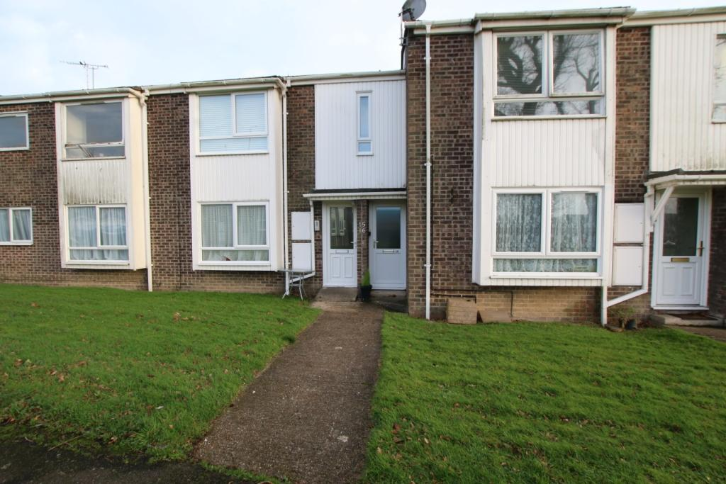 2 Bedrooms Flat for rent in Summer Court, Summerfields Avenue, Hailsham BN27
