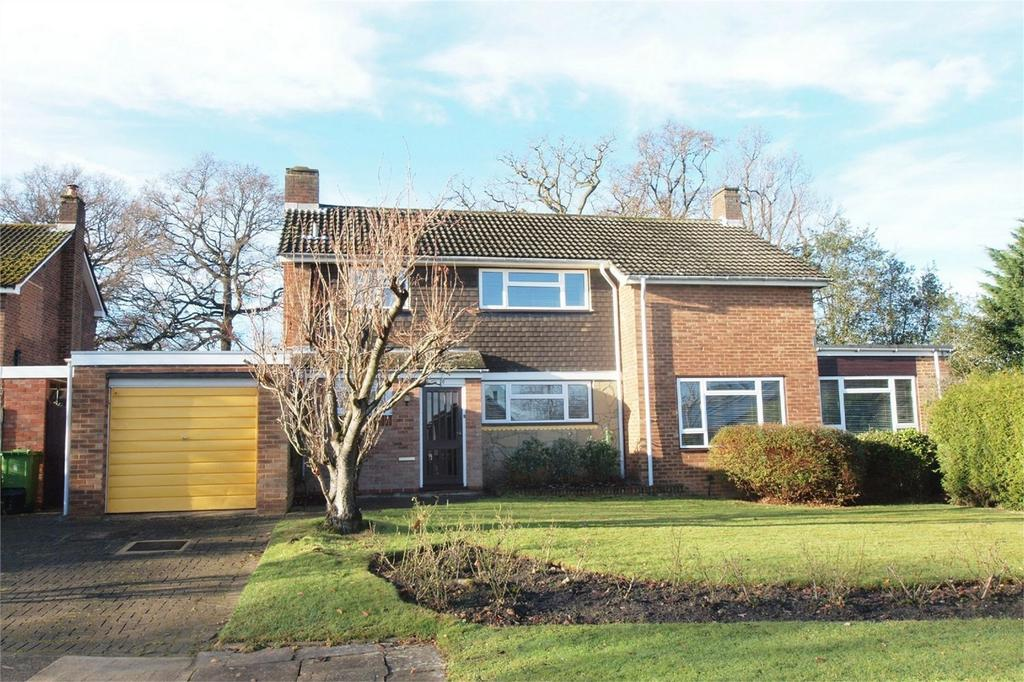 4 Bedrooms Detached House for sale in Penshurst Green, Bromley, Kent