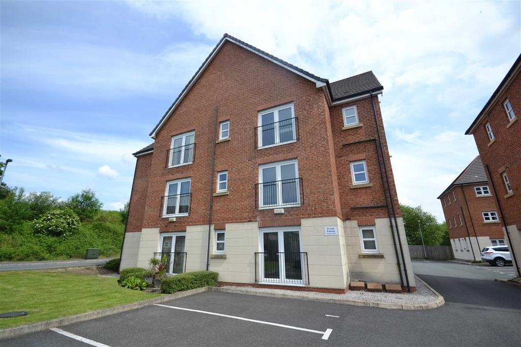 2 Bedrooms Apartment Flat for sale in Hartford Drive, Tottington, Bury, BL8