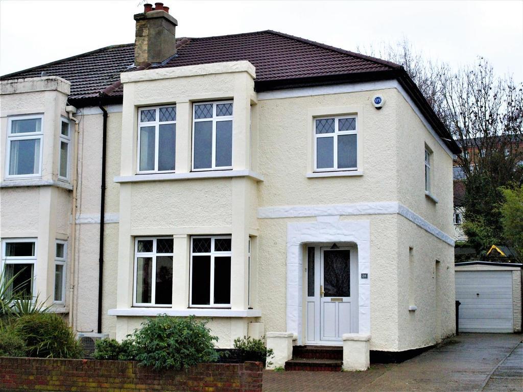 3 Bedrooms Semi Detached House for sale in Warren Avenue, Shortlands, BR2