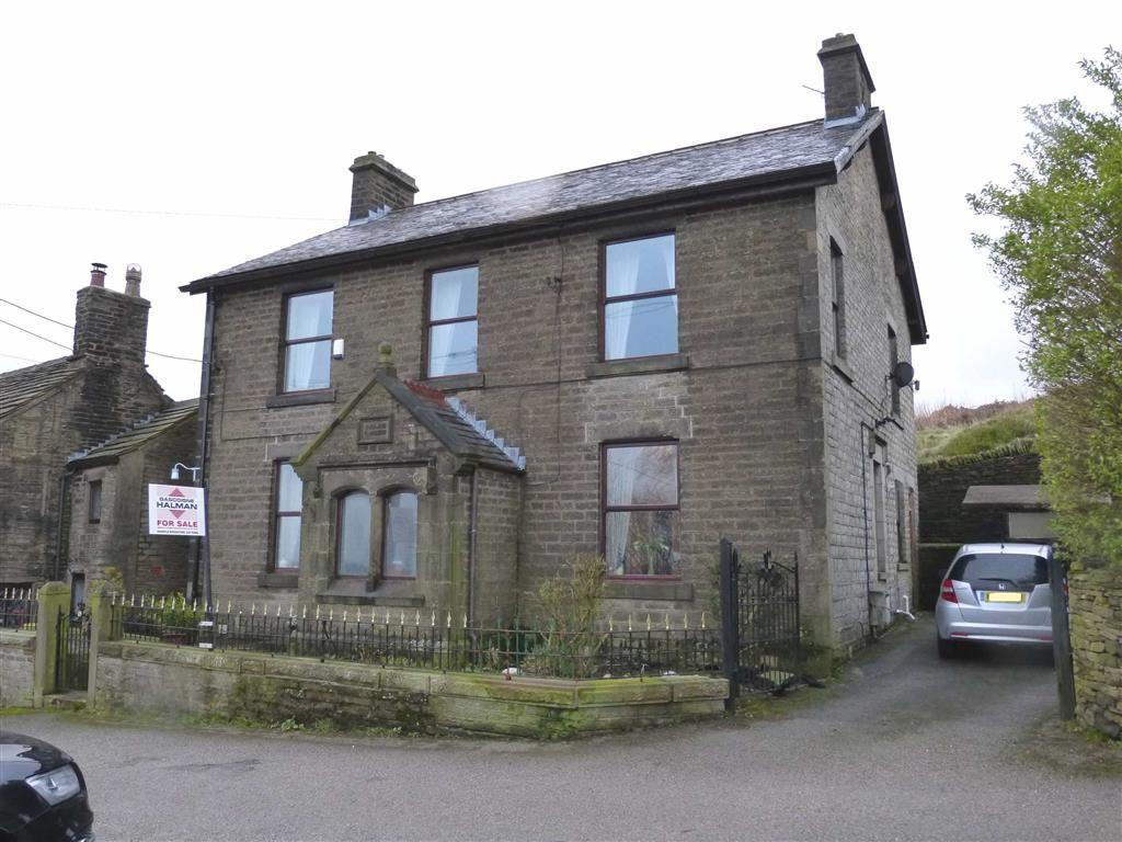 5 Bedrooms Detached House for sale in Back Lane, Charlesworth, Glossop
