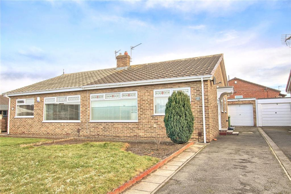 2 Bedrooms Semi Detached Bungalow for rent in Measham Close, The Glebe