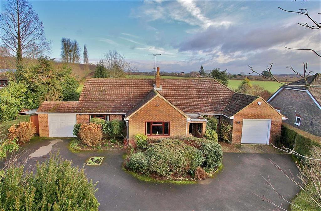 4 Bedrooms Detached Bungalow for sale in Mereworth, Kent