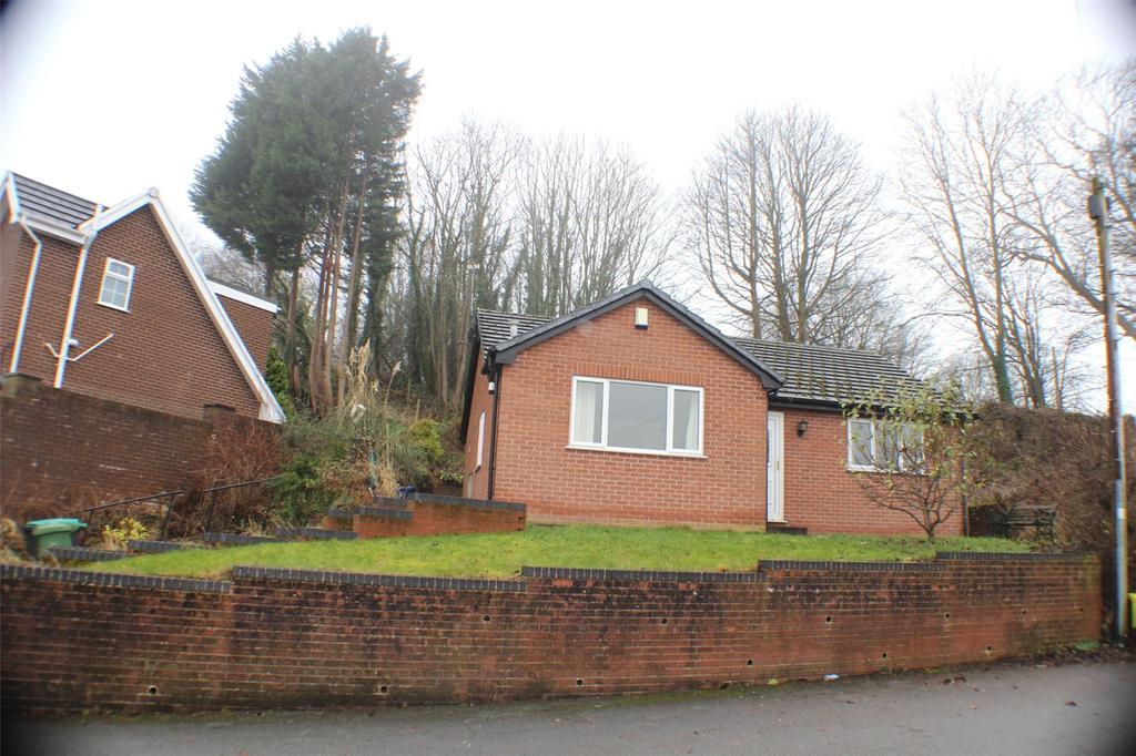 2 Bedrooms Detached Bungalow for rent in Cerney Road, Moss, Wrexham, LL11