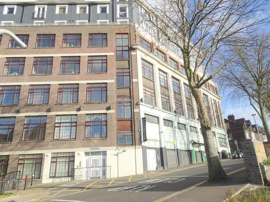 2 Bedrooms Apartment Flat for sale in Midland Road, High Town, Luton, LU2 0FD
