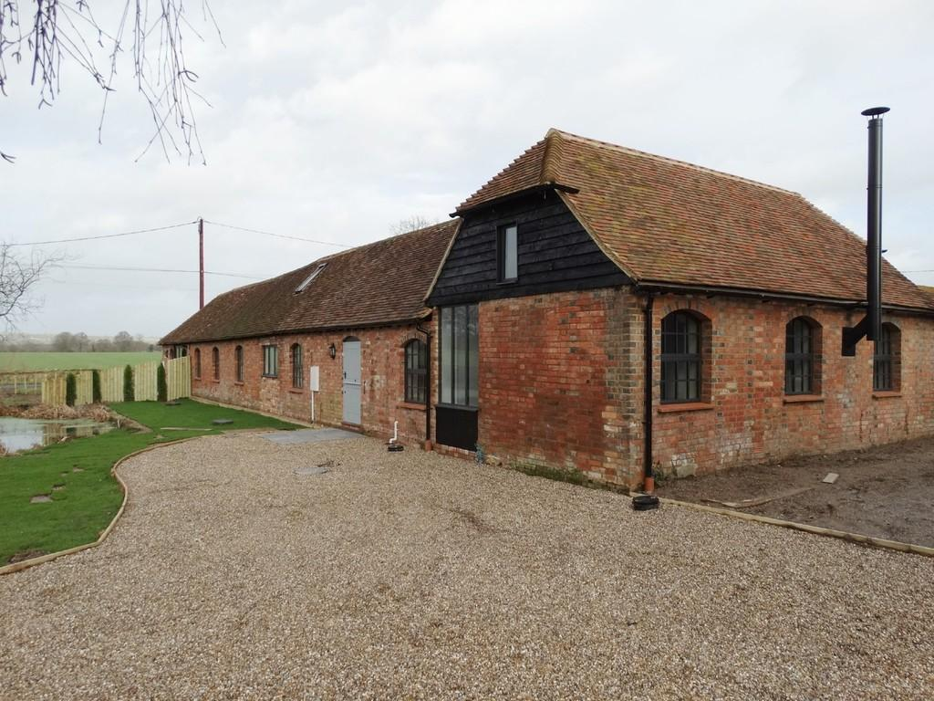3 Bedrooms Barn Conversion Character Property for sale in Headcorn, Kent