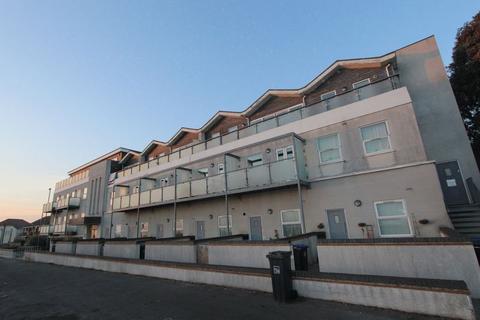 2 bedroom apartment to rent - Gardner Road, Brighton