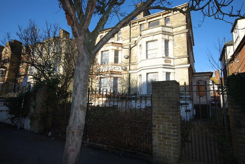 Terraced House for sale in Folkestone
