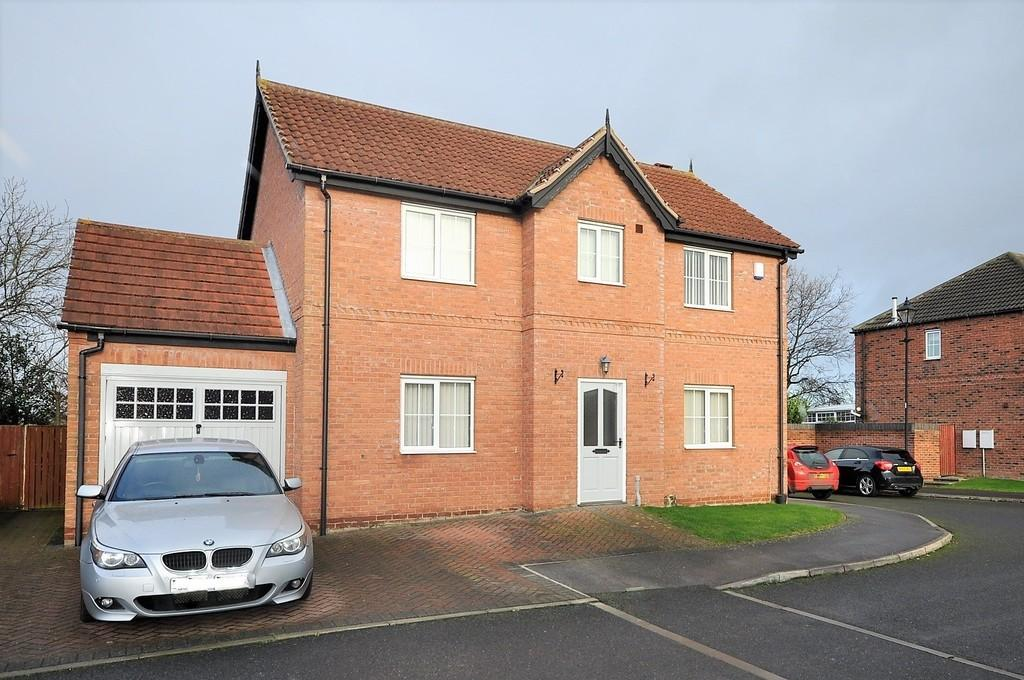4 Bedrooms Detached House for sale in Lord Porter Avenue, Stainforth, Doncaster