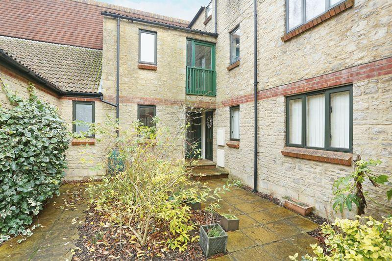 2 Bedrooms Apartment Flat for sale in Beechfield Road, Corsham