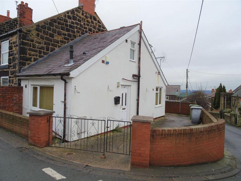 1 Bedroom End Of Terrace House for sale in Victoria Road, Wrexham
