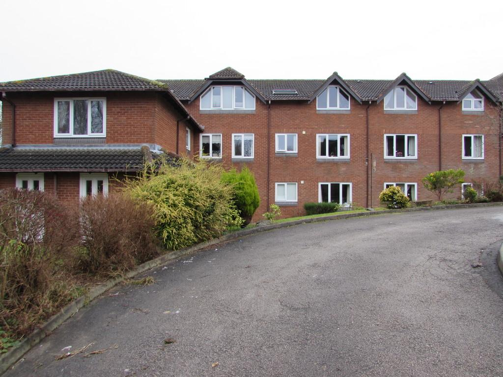 1 Bedroom Flat for sale in Shelly Crescent, Shirley