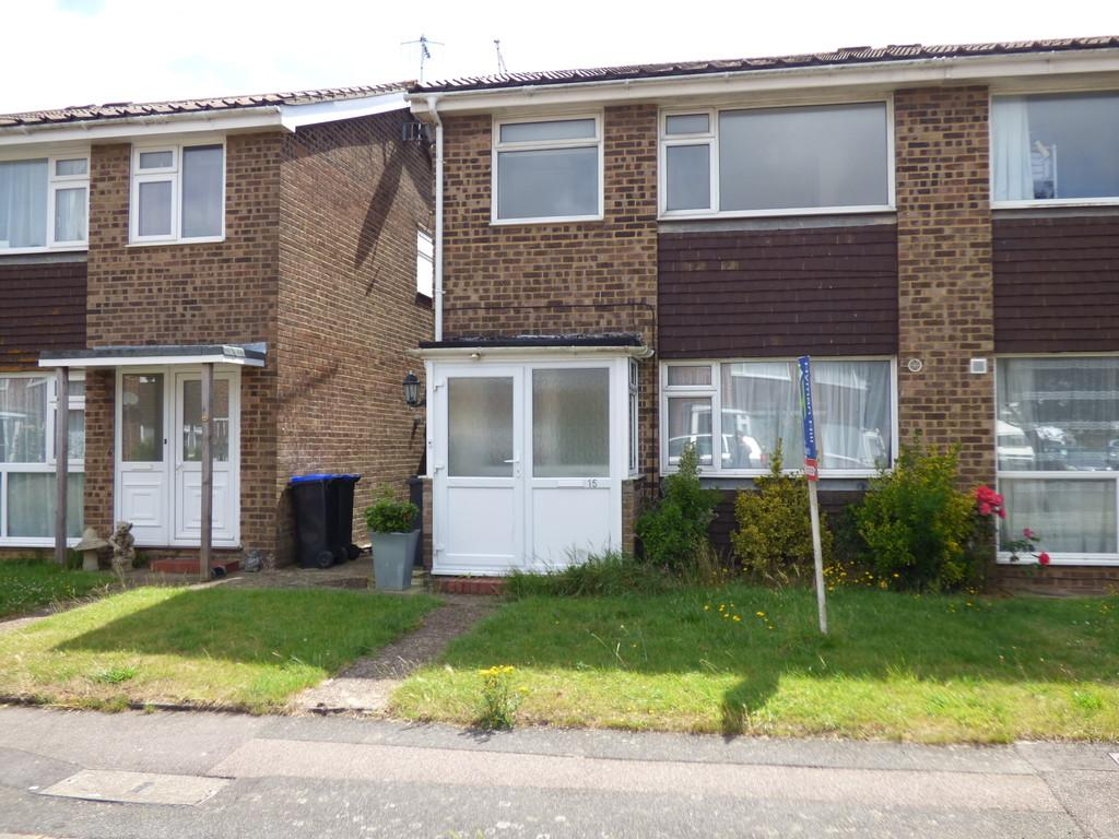 3 Bedrooms Terraced House for rent in Saffron Close, Shoreham by Sea