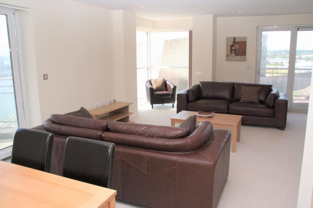 2 Bedrooms Apartment Flat for rent in Imperial Point, The Quays, Salford Quays, Salford, M50