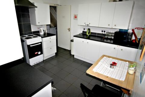 1 bedroom house share to rent - Newport Road