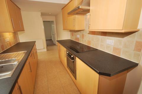 2 bedroom ground floor flat to rent - Grovehill Road, Beverley