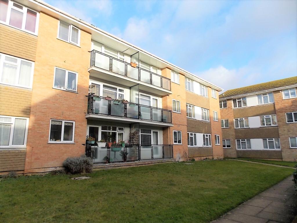 2 Bedrooms Flat for sale in Westbrook, Lustrells Vale, Saltdean