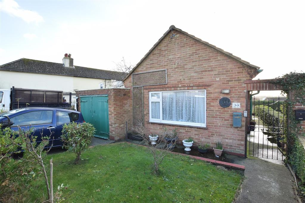 2 Bedrooms Bungalow for sale in Old Top Road, Hastings
