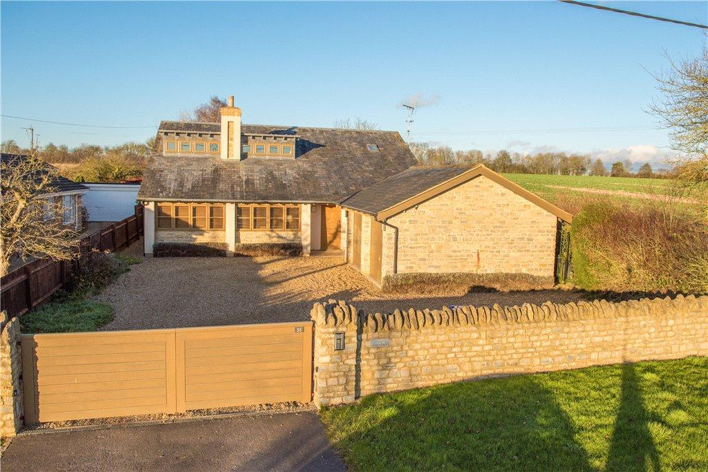 4 Bedrooms Detached House for sale in Stratford Road, Cosgrove, Milton Keynes, Northamptonshire