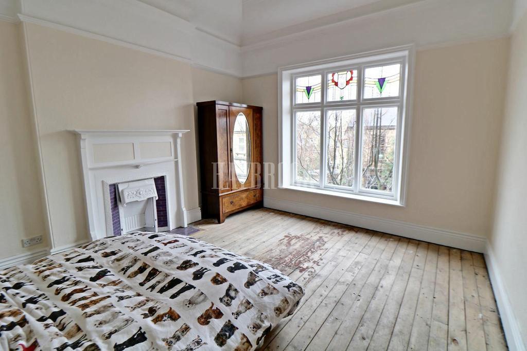 4 Bedrooms Detached House for sale in Herbert Road, Nether Edge, S7 1RL