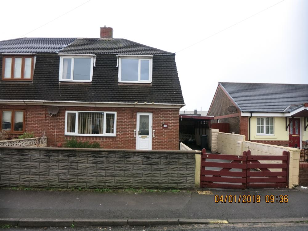 3 Bedrooms Semi Detached House for sale in Abbeyville Avenue, Sandfields,Port Talbot