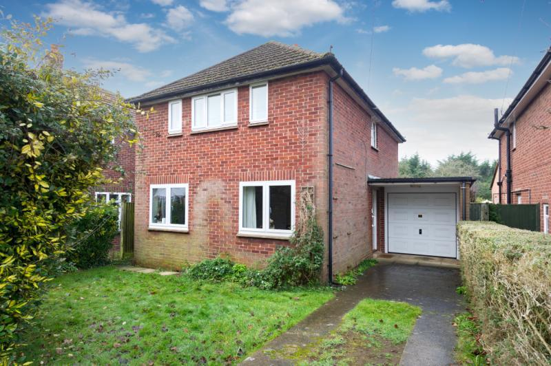 3 Bedrooms Detached House for sale in Linkside Avenue, Oxford