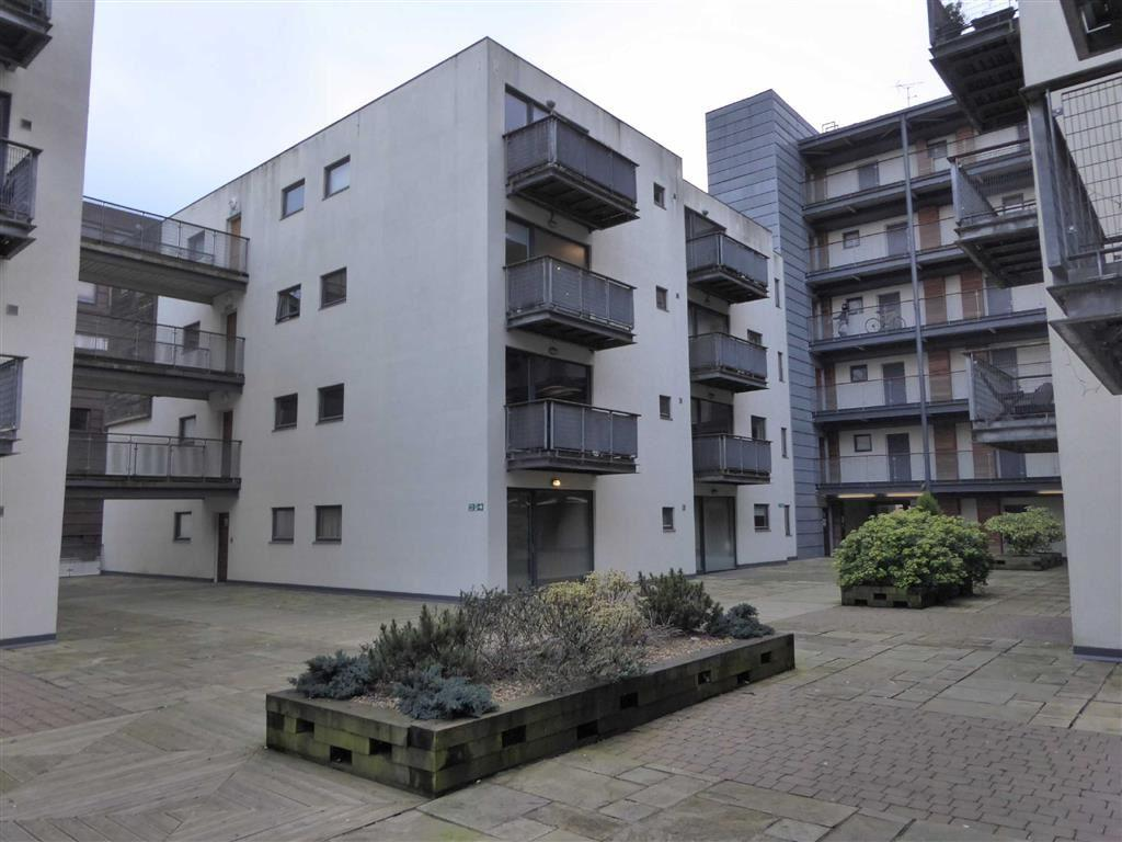 2 Bedrooms Flat for sale in Advent 1, 2 Isaac Way, Manchester