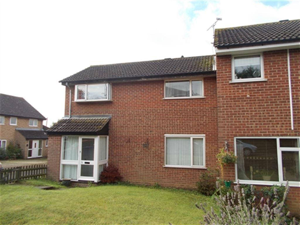 3 Bedrooms House for rent in Hawkins Close, Brackley, Northants