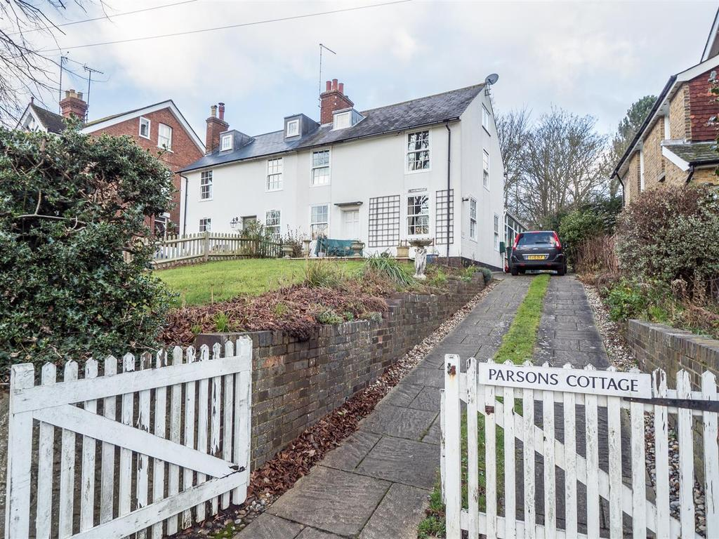 3 Bedrooms Semi Detached House for sale in The Green, Bearsted, Maidstone