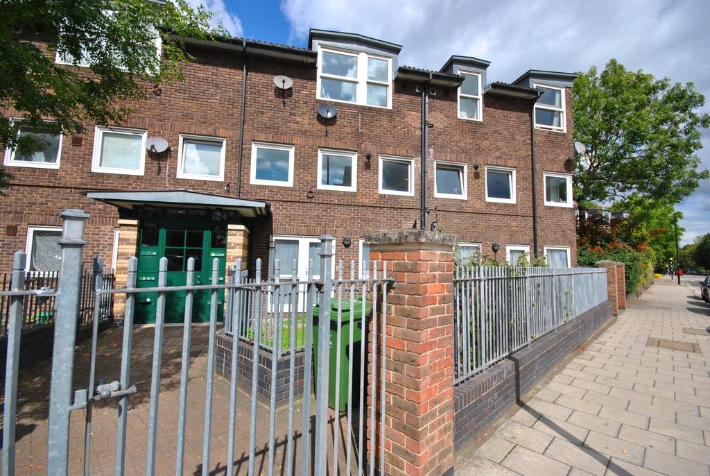 1 Bedroom Flat for sale in Loughborough Park London SW9