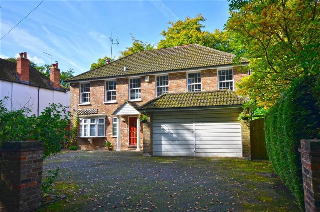 5 Bedrooms Detached House for sale in Shire Lane, Chorleywood, Hertfordshire