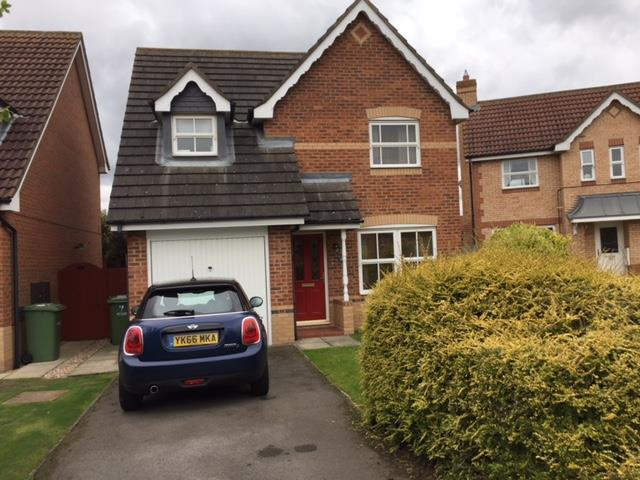 3 Bedrooms Detached House for sale in Cambrian Court, Ingleby Barwick, Stockton-On-Tees