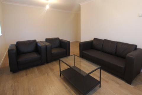 2 bedroom apartment to rent - Miles Lodge, 12 Buckingham Road, Harrow, HA1