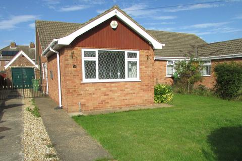 2 bedroom semi-detached bungalow to rent - Mill Garth, Cleethorpes DN35