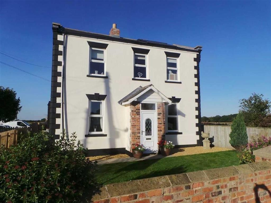 4 Bedrooms Detached House for sale in Long Lane, Yarm