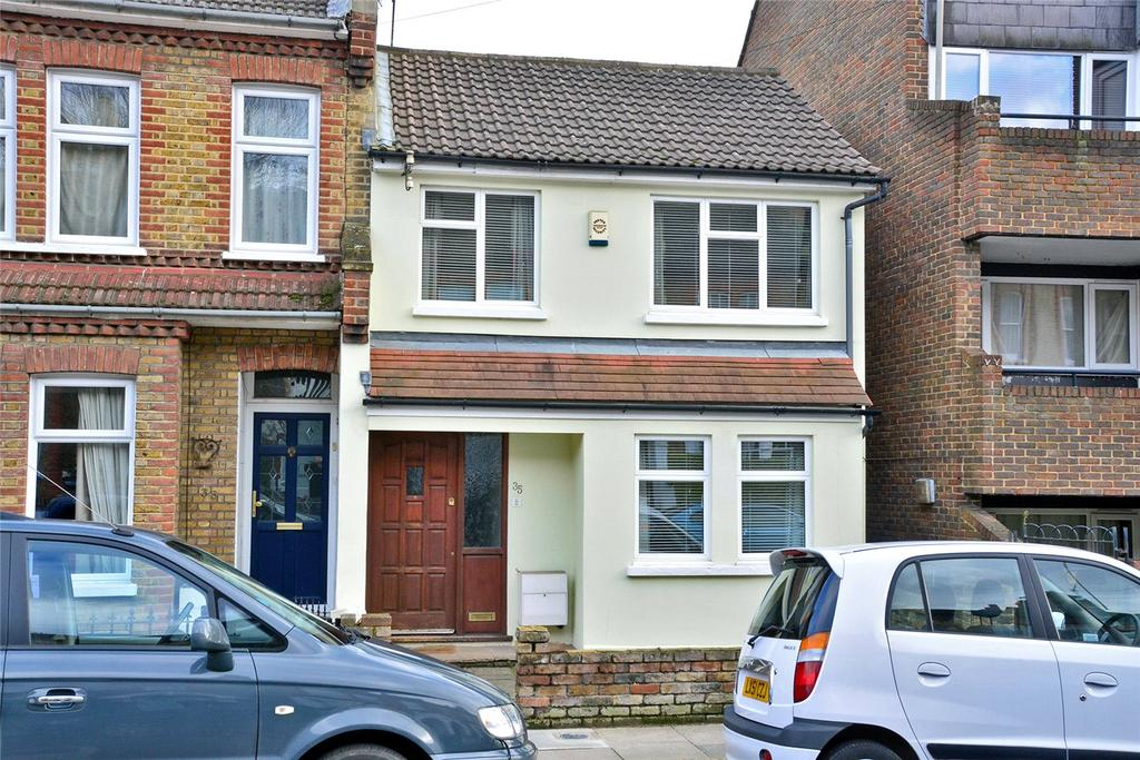 3 Bedrooms End Of Terrace House for sale in Ruthin Road, Blackheath, London, SE3
