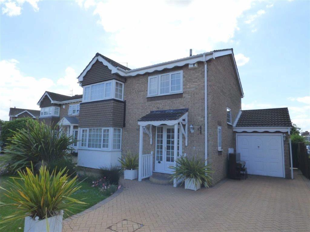 4 Bedrooms Detached House for sale in Pavilion Close, Hull, East Yorkshire, HU8