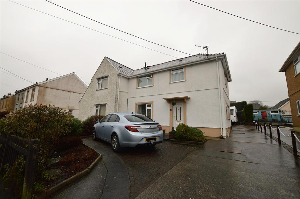3 Bedrooms Semi Detached House for sale in Ger Yr Afon, Gwaun Cae Gurwen, Ammanford