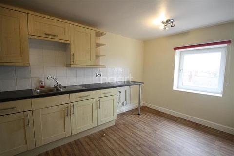 2 bedroom flat to rent - Princess Street